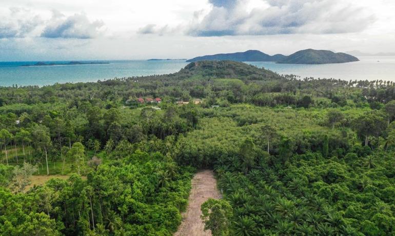 Terrain Abordable à Thong Krut