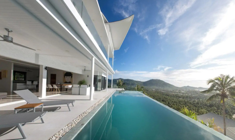 Luxury 4 Bedroom Sea View Pool Villa in Lamai