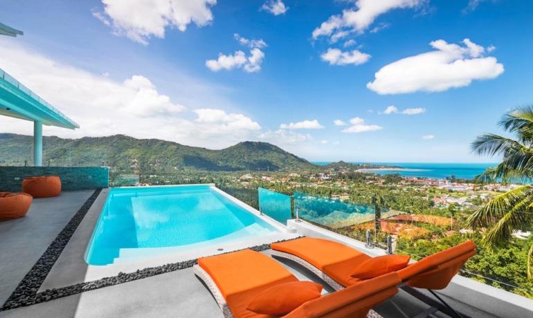 Superbe Villa 4 Chambres Vue Mer & Piscine à Lamai