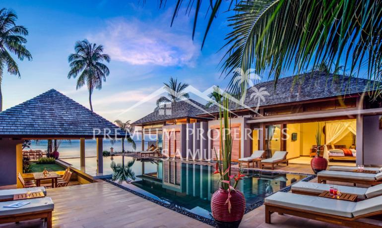 Superbe Villa 6 Chambres avec Piscine en Bord de Mer à Lipa Noi